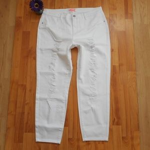 Dollhouse Jeans White Distressed Skinny Size 20